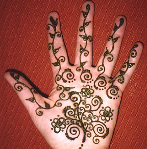 Body Paint Images - Henna  Body Art - henna hand